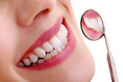 Bật Mí: 2 cách chữa răng hô tại nhà được nhiều người sử dụng 3