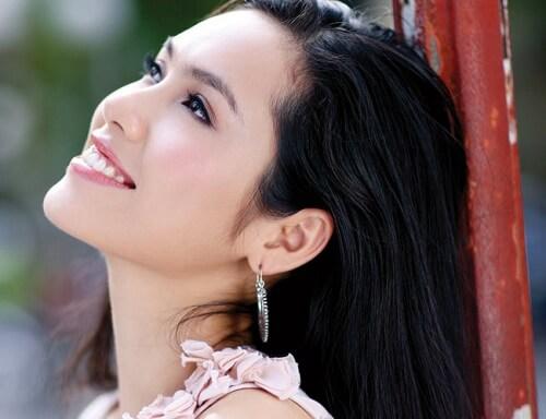 Răng hơi hô thì cười như nào cho đẹp và không lộ liễu? 1