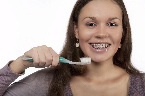 Niềng răng có tác dụng gì khác ngoài làm răng đều? 2
